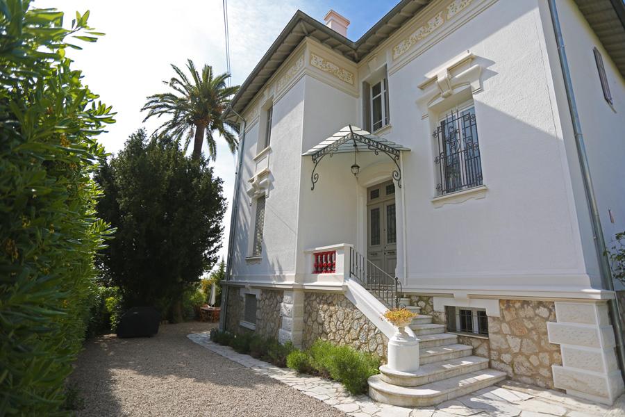 Villa Main Entrance